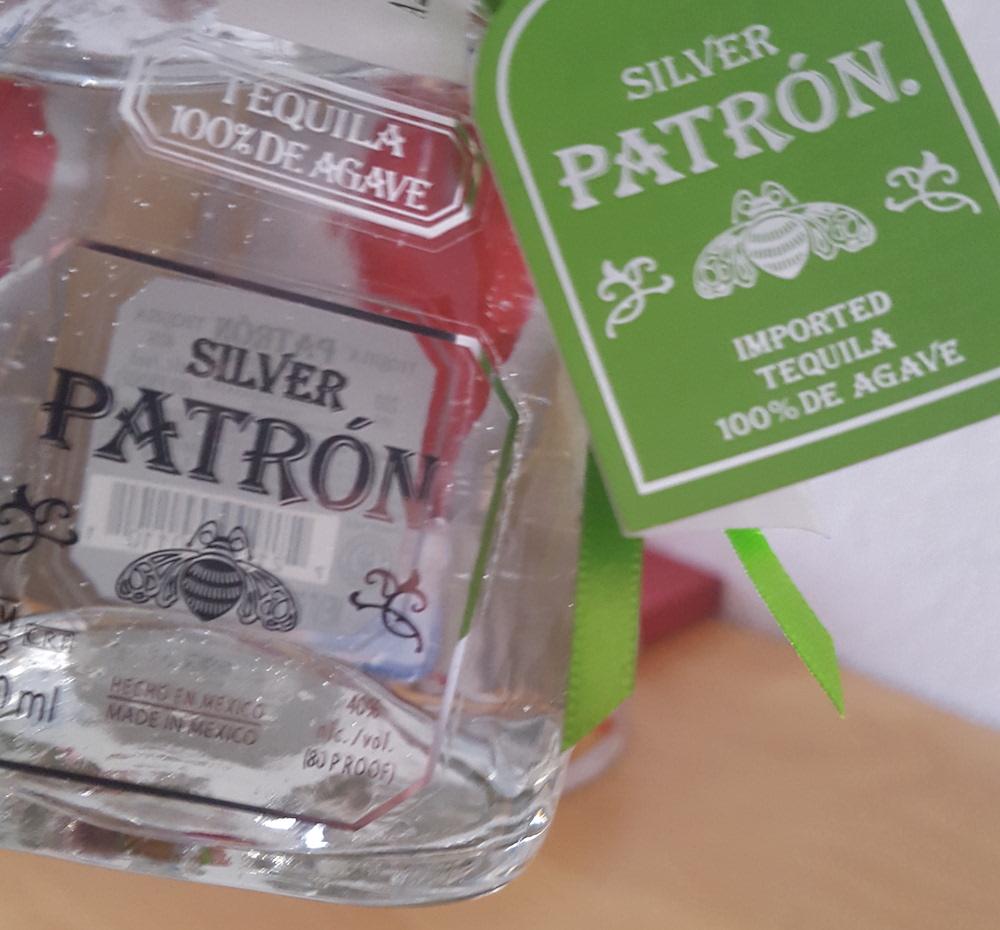 patron tequila silver foto